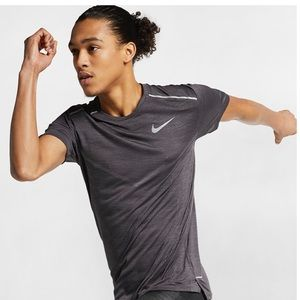 Nike Tech Knit Ultra Running Short Sleeve